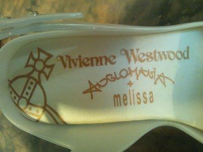 画像2: VIVIENNE WESTWOOD×MELISSA ANGLOMANIA(ヴィヴィアンウエストウッド×メリッサ アングロマニア)LADY DRAGONチェリーモチーフパールホワイトラバーサンダル37