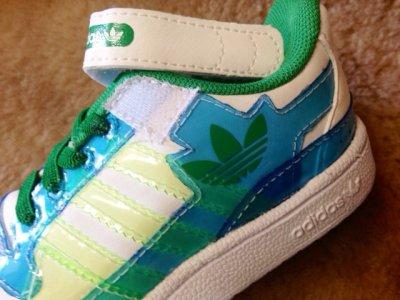 画像1: adidas(アディダス)ホワイト×グリーン×ブルーFORUM LO XL EL IキッズスニーカーUS7K